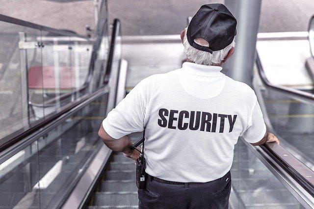 Same-Origin Policy (SOP) a bezpieczeństwo www